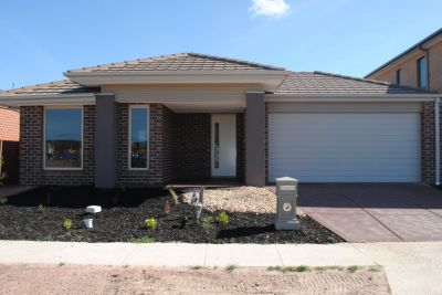 Featherbrook Estate, 15 Manna Way: BRAND NEW AND READY TO GO!