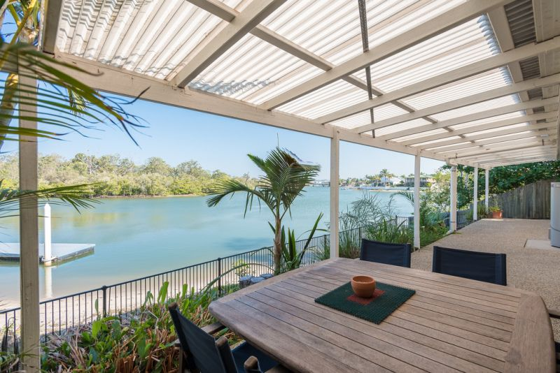 Opportunity to buy Riverfront unit, pet friendly, sandy beach - deep water access
