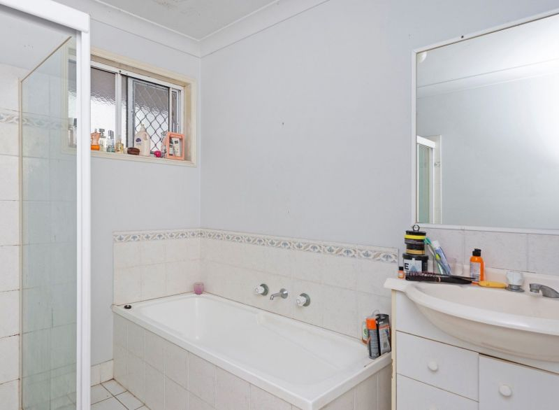 17 Pineneedle Crt, Oxenford