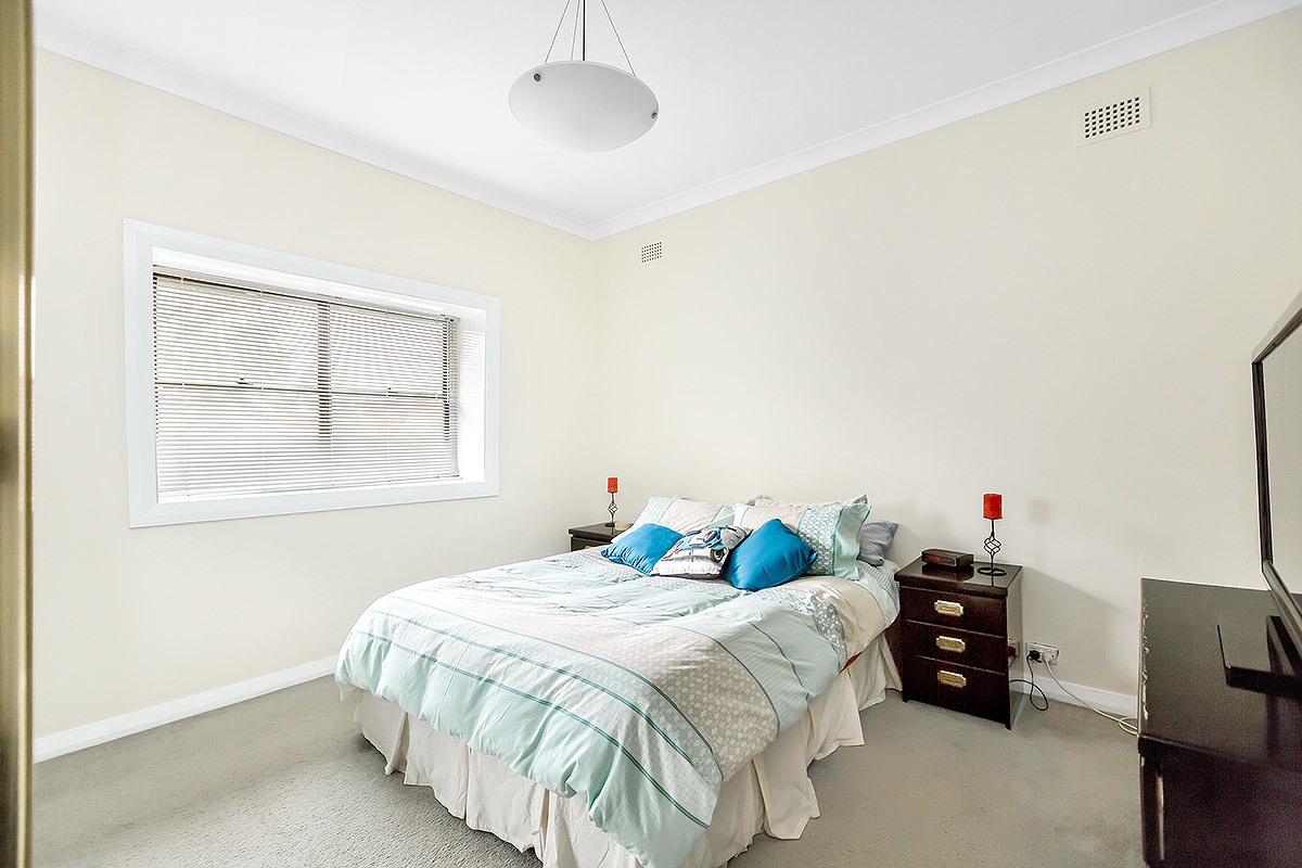 10 Eve Street, Strathfield