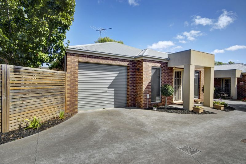 2/2 Bonsey Road Highton