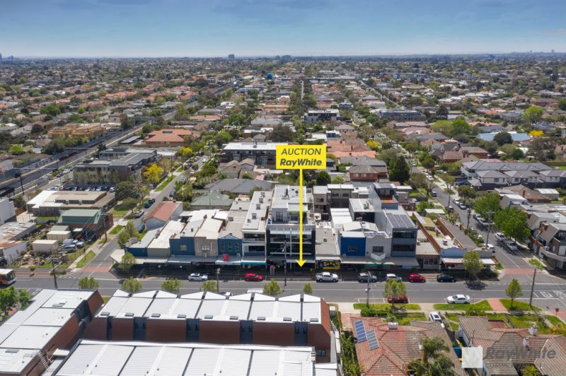 RETAIL OPPORTUNITY IN DESIRABLE LOCATION
