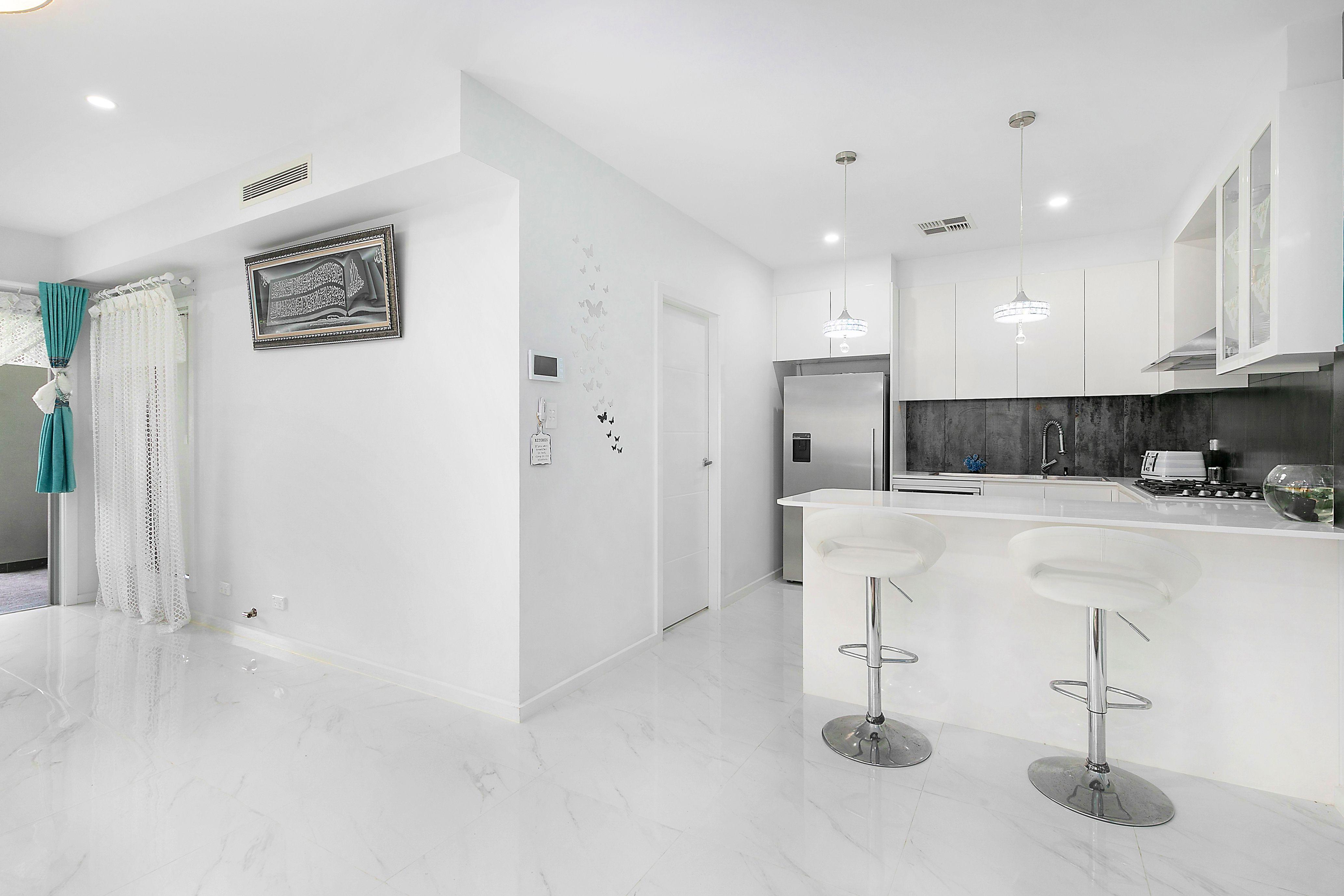 2D Lorando Avenue, Sefton NSW 2162