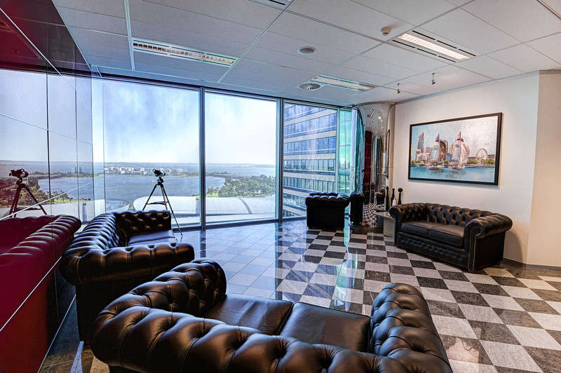 MORDEN FACILITIES PLUG N PLAY OFFICE AVAILABLE WITH  IMPRESSIVE VIEWS