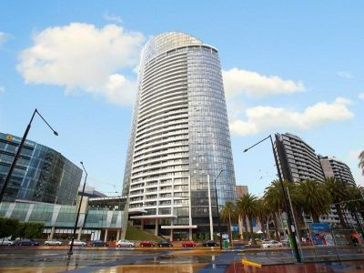 Stunning Fully Furnished Studio - Live Your Docklands Dream!