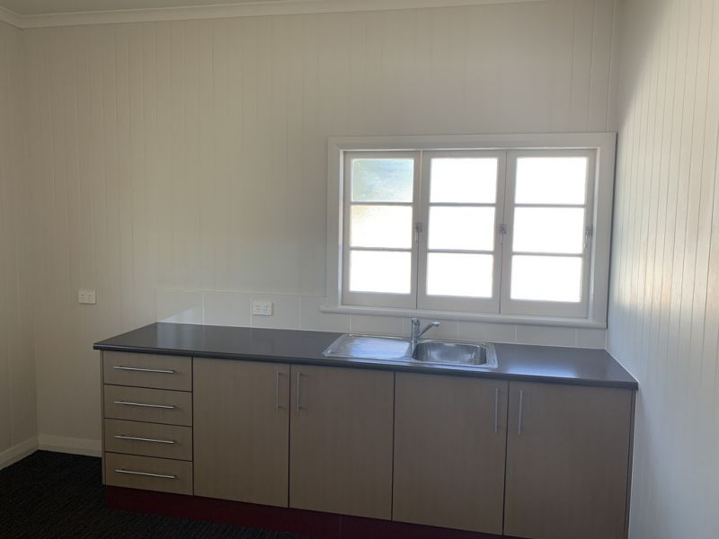 Edge Hill Business Suite For Lease 11 sqm