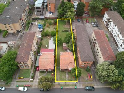 Must be Sold! Renovate or Detonate, R4 High density zoning