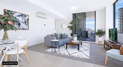 Spacious Designer Apartment in Convenient Locale