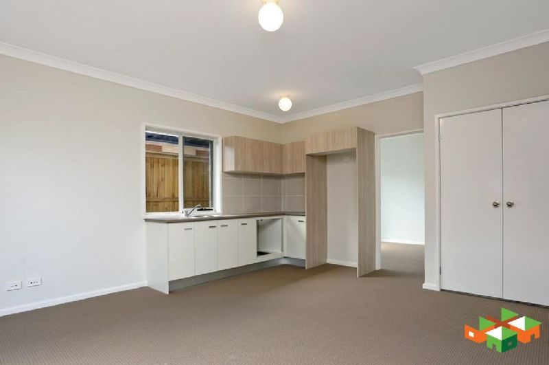 Beautiful 1 Bedroom Granny Flat!!!