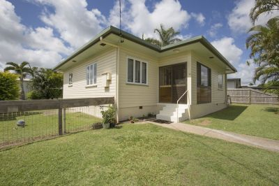 SOLID HOME IN QUIET POCKET! LOADS OF VALUE, COME TAKE A LOOK!