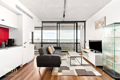 Unfurnished Two Bedroom with Stylish Designer Finishes and Incredible Balcony Views!