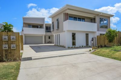Brand new townhouse in boutique complex - including electricity and water