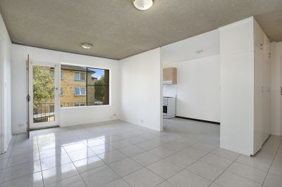 Large Freshly Painted 2BR + Parking