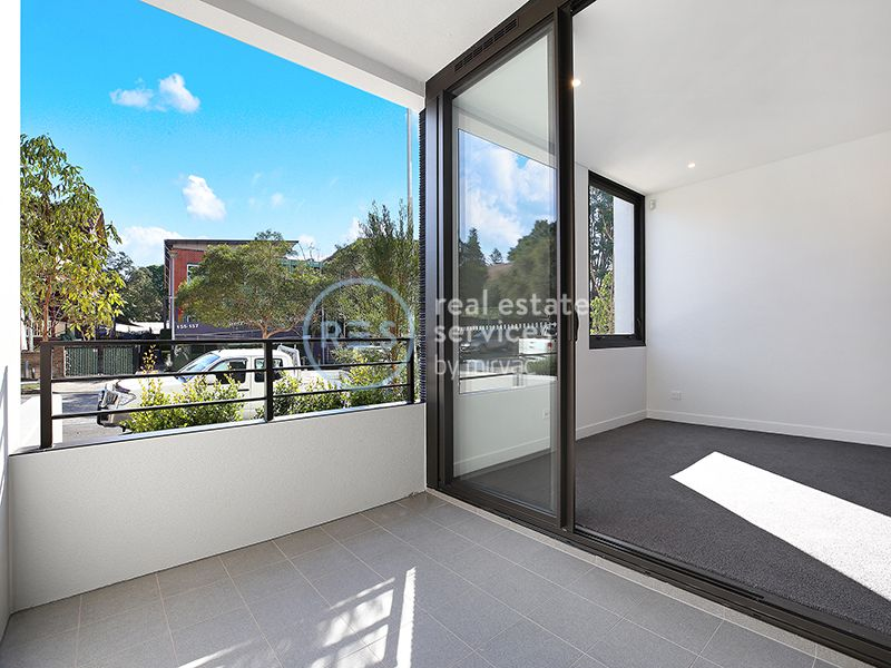 1-Bedroom Apartment with Study Nook in Marrick & Co