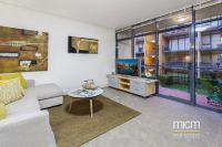Stunning Boutique Living Near Carlton Gardens