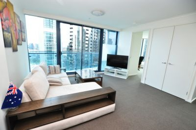 Spacious, Partially Furnished Apartment in the Stunning Southbank One Complex!