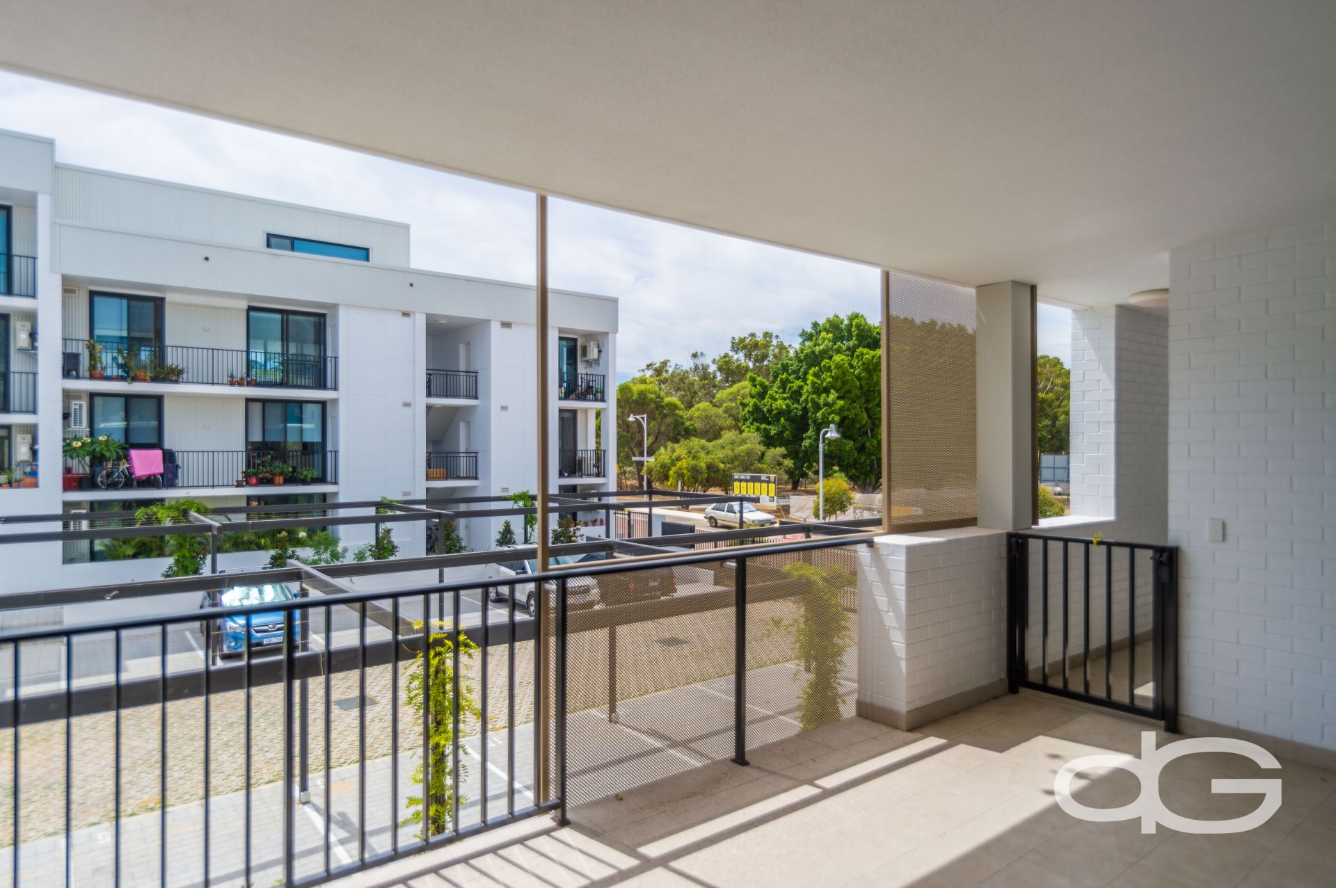 15/2 Beazley Way, White Gum Valley