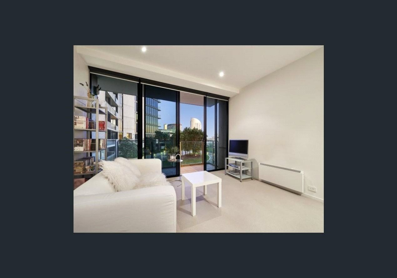 The Palladio: 5th Floor - Top Quality, Superb Location!
