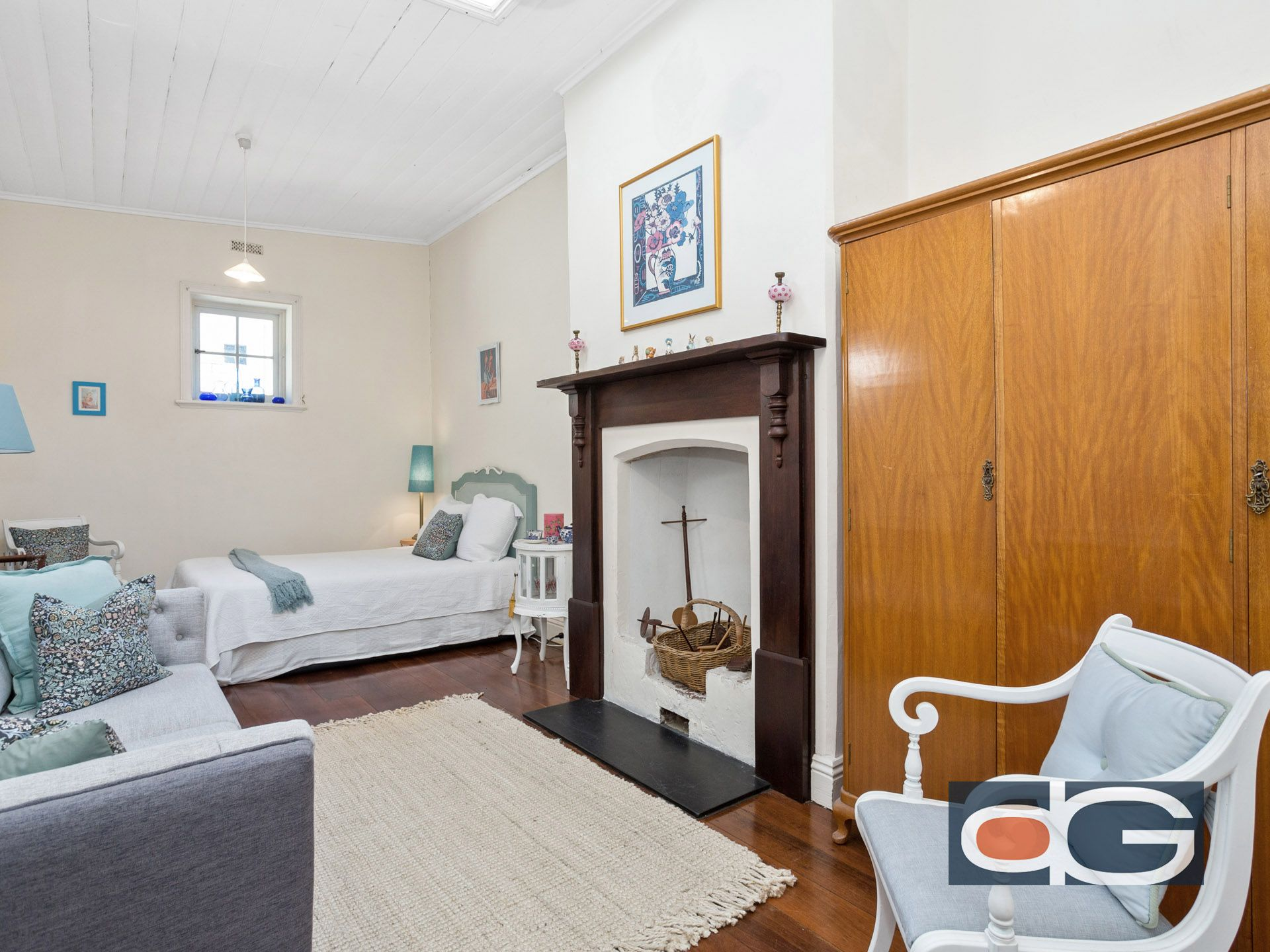 13-15 Thompson Road, North Fremantle