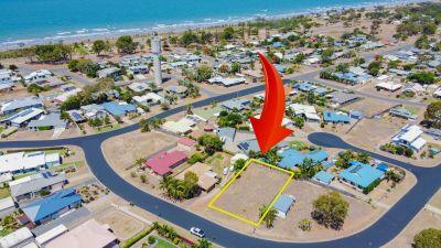 BEACH-SIDE 768m2 RESIDENTIAL BLOCK!