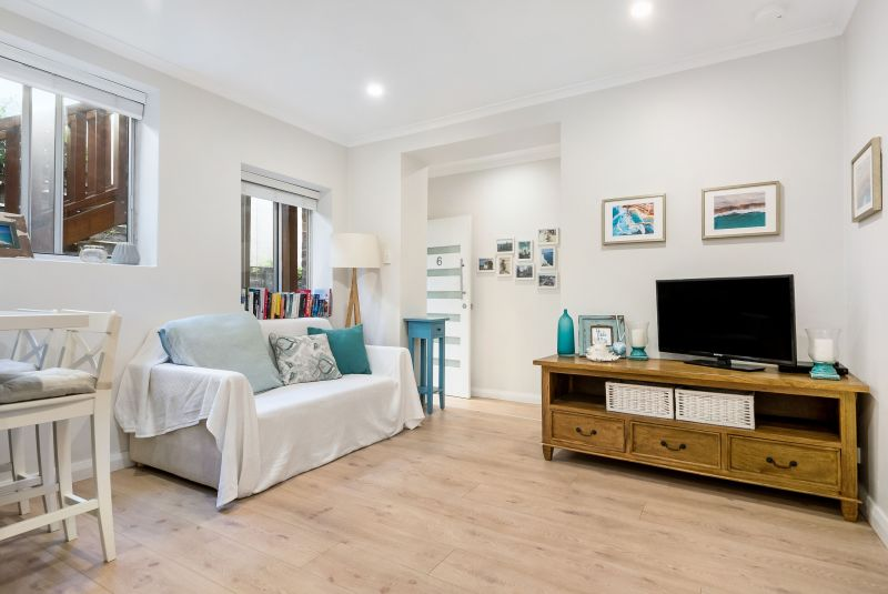 Peacefully Positioned Moments To Bondi Beach