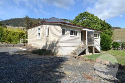 Brooklea Cottage, Live here