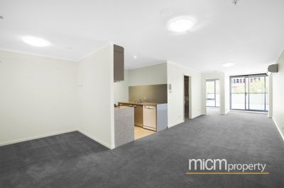 City Side: 3rd Floor - Phenomenal Terrace On CBD Fringe!