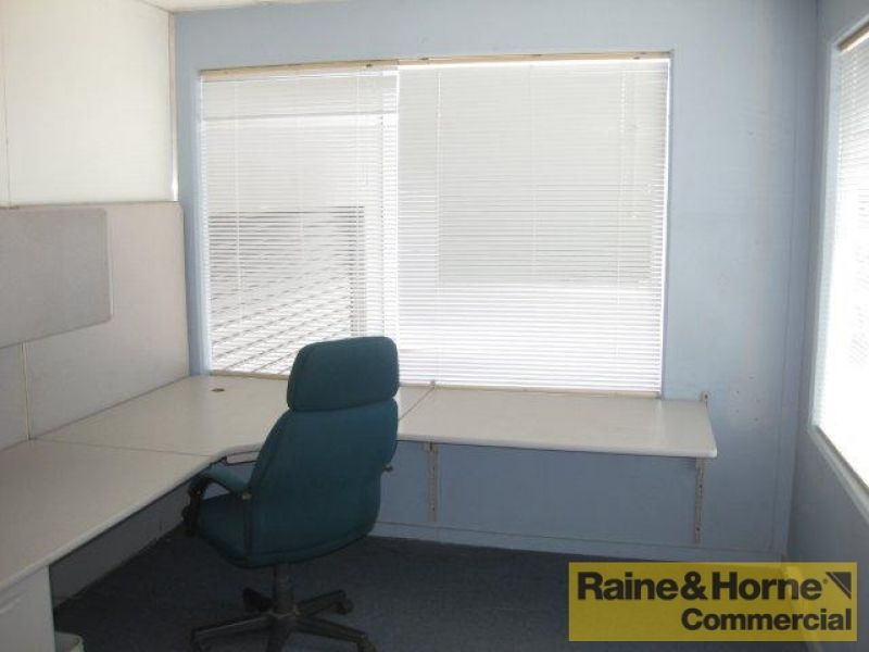 Furnished Office Ready to Go.