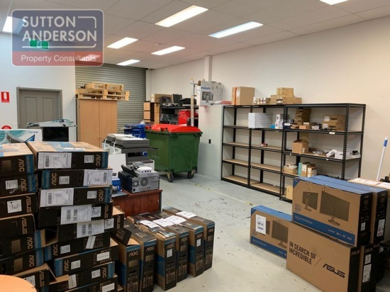 Fully Fitted Out Office/Warehouse