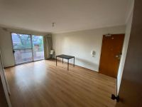 OPPOSITE WESTFIELD | 4 MIN TO TRAIN STATION
