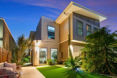Sensation Floor Plan Makes Living & Entertaining a Breeze