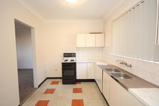 2/113 Wellbank Street, North Strathfield NSW 2137