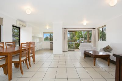 GROUND FLOOR WITH LARGE TERRACE!