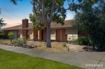 Perfect Investment or Family Home In Altona Green Location