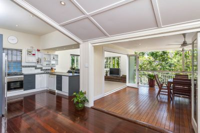 CHARMING HOME IN PADDINGTON!