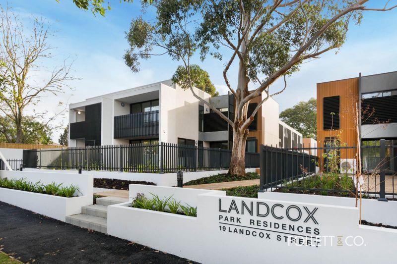 Stunning Brand New Residence on the doorstep to Landcox Park.