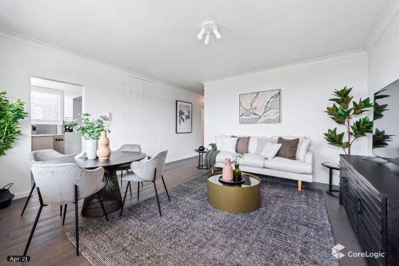 Designer 2 Bedroom Apartment with Stunning Ocean Views