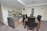 Southbank Tower, 6th floor: FULLY FURNISHED - Great Central Location!