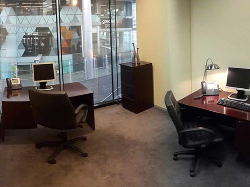 TOP NOTCH OFFICE LOCATED IN DOCKLANDS MELBOURNE CBD WITH WONDERFUL VIEWS