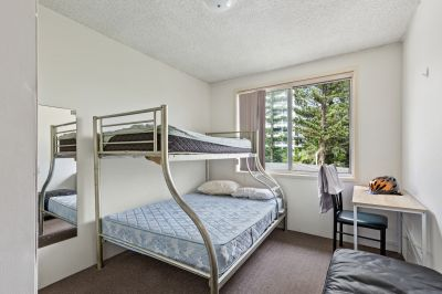 2 Bedroom Ground Floor Unit Available Now!