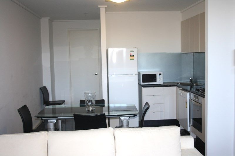 City Tower FULLY FURNISHED 6th floor, 183 City Rd: Large Private Terrace!