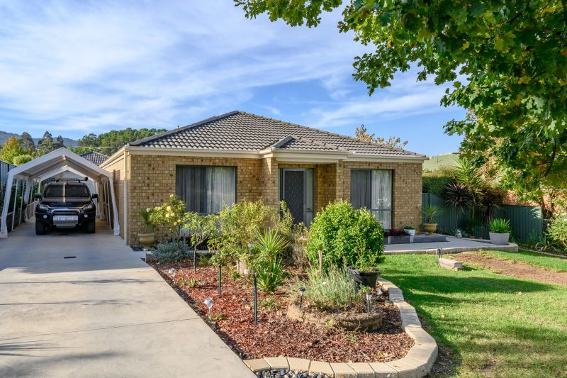 Relaxed Family Living in Yackandandah