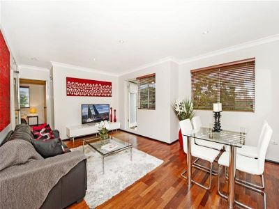 Lovely Private Two Bedroom Apartment