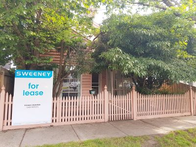 RIGHT IN THE HEART OF WILLIAMSTOWN, THREE BEDROOM HOME