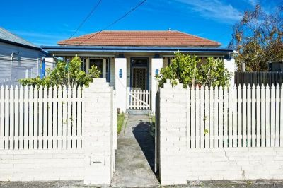DOUBLE FRONTED WEATHERBOARD HOME NEAR TO STATION