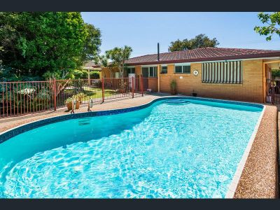 Spacious Renovated 3 Bedroom Home with a Pool!!