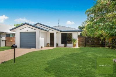 7 Santiago Court, Mount Louisa