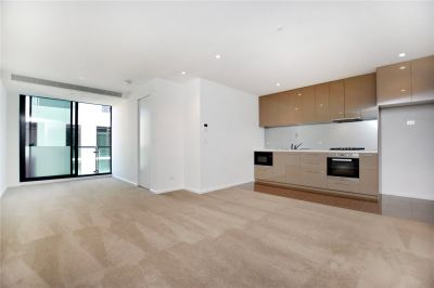 Australis: Fantastic Two Bedroom Apartment with Brilliant Building Facilities!