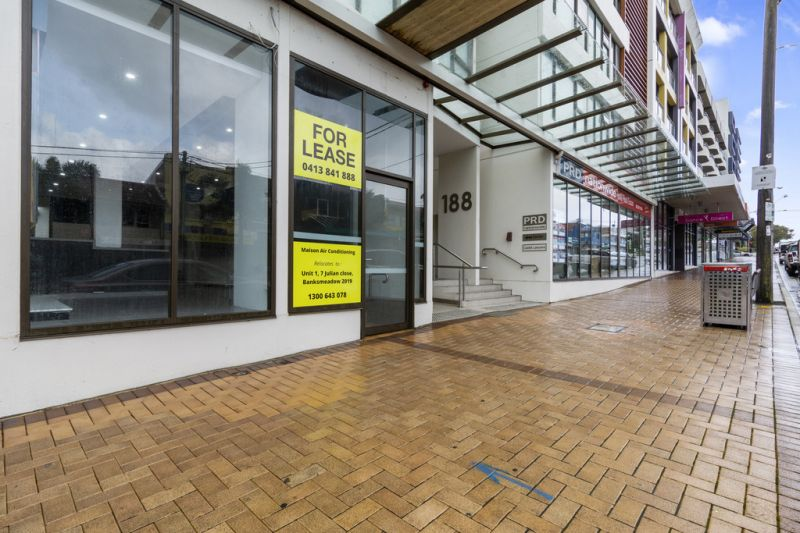 Retail Space on Busy Maroubra Road with Parking