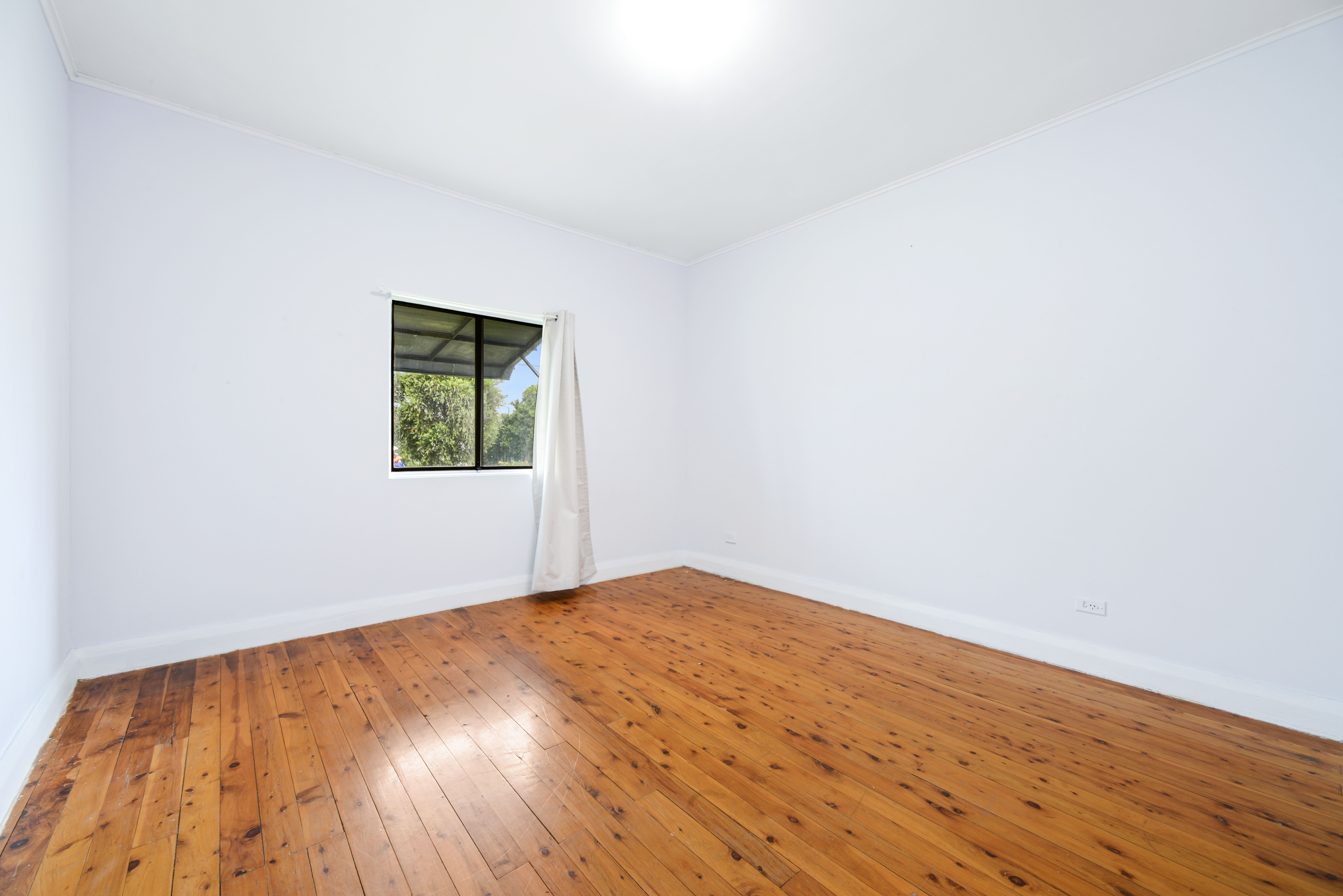 16 Parker Street, Fairfield NSW 2165